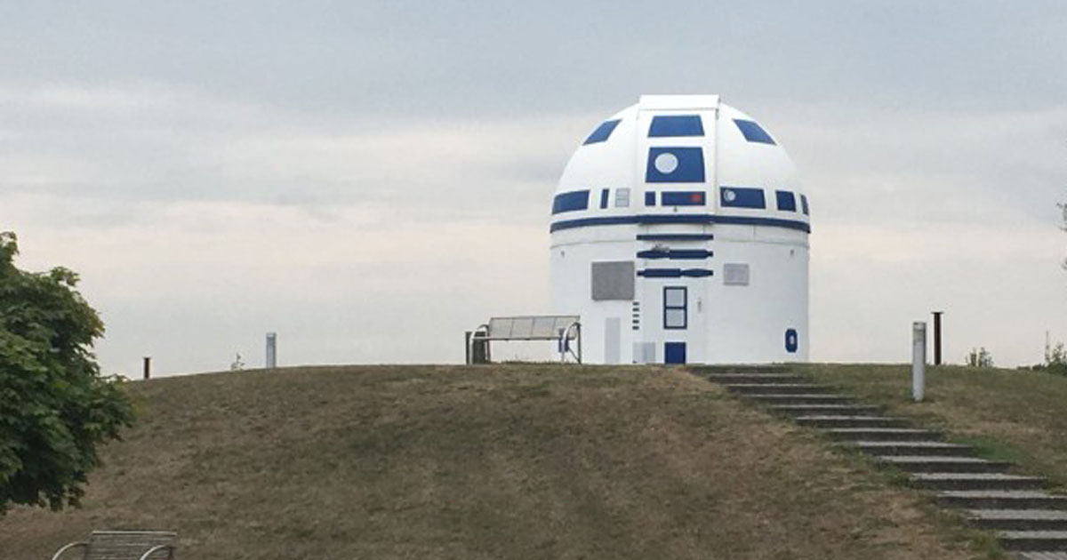 This German professor just repainted his observatory into R2-D2